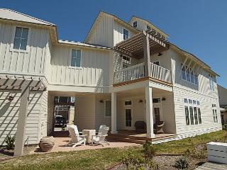 Gorgeous House with Deck and A/C - Port Aransas vacation rentals