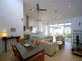 3 bedroom House with Private Outdoor Pool in Clifton Beach - Clifton Beach vacation rentals