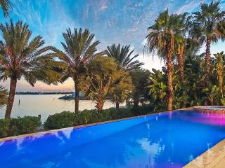 Gorgeous 4 bedroom Villa in Paradise Island - Paradise Island vacation rentals