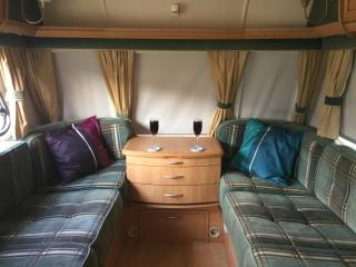 Nice 1 bedroom Caravan/mobile home in Gandesa - Gandesa vacation rentals