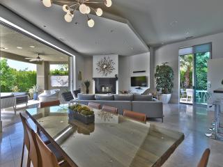 Desert Knoll - Luxury Villa - Palm Springs vacation rentals