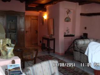 Romantic 1 bedroom Apartment in Isola Pescatori - Isola Pescatori vacation rentals