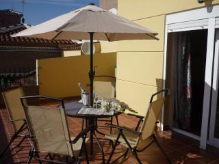 Bright Condo with Television and Microwave - Torre del Mar vacation rentals