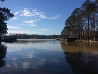Lake Oconee Beautiful secluded Lake front home - Eatonton vacation rentals