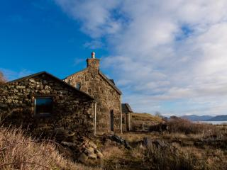 Nice 2 bedroom Elgol House with Fireplace - Elgol vacation rentals