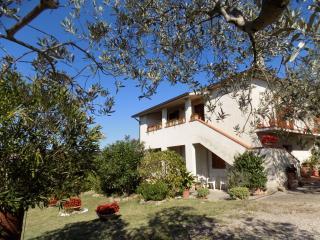 """""""Il Mulinetto"""" B&B - Casa Vacanze - Canalicchio - - Canalicchio di Collazzone vacation rentals"""