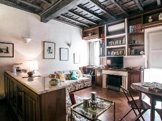Cosy 1bdr apt w/terrace - Rome vacation rentals
