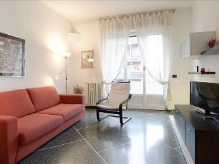 Fully furnished, close to Milan fair and San Siro stadium - Milan vacation rentals