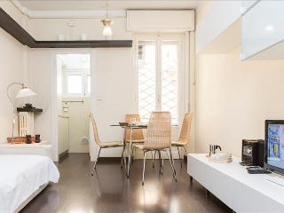 Nice Condo with Internet Access and A/C - Milan vacation rentals