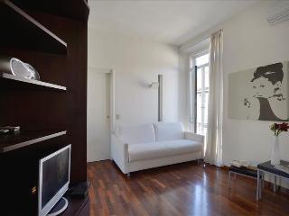 Charming, sunny studio in center - Milan vacation rentals