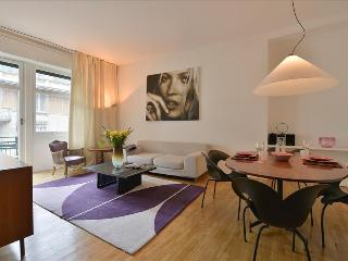Comfortable 2 bedroom Milan Apartment with A/C - Milan vacation rentals