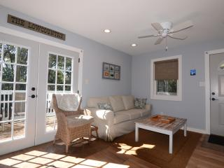 5 Minutes to Parris Island,Beaufort, Sands Beach - Port Royal vacation rentals