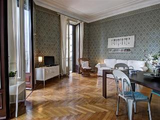 Luxury 4bdr in the city center - Milan vacation rentals