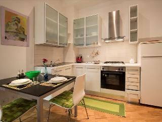 Charming 1bdr apt in Bologna - Bologna vacation rentals