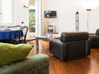 Lovely Condo with Internet Access and Dishwasher - Milan vacation rentals