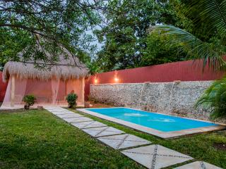 """CASA PARAISO"" A BEAUTY IN CENTRO - Merida vacation rentals"