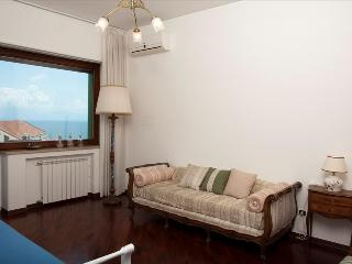 Elegant 3bd with views of the gulf - Napoli vacation rentals
