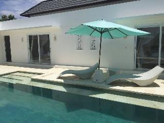 Villa anak 4 ROOMS For 10 peoples - Ungasan vacation rentals
