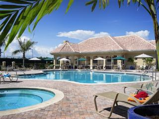 Beautiful Bonita Condo - Worthington Golf Club - Bonita Springs vacation rentals