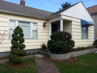Liebe Guesthouse near Eastport Plaza, SE Portland - Portland vacation rentals