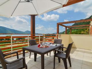 Bright 2bdr apt in elegant complex - Sarnico vacation rentals