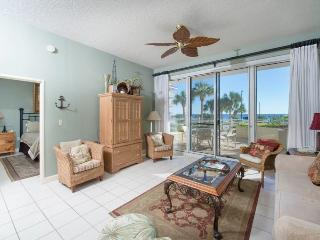 Comfortable Condo with Internet Access and Waterfront - Miramar Beach vacation rentals