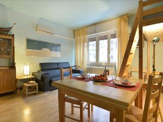 Cozy Bologna Apartment rental with Television - Bologna vacation rentals