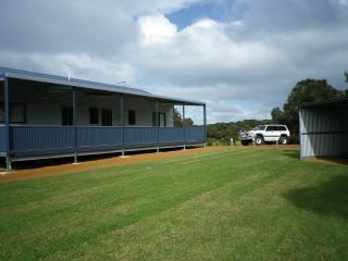Nutkin Lodge - Cottage 2 - Kooka's Kabin - Walpole vacation rentals