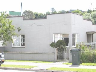 2 bedroom House with Washing Machine in Oamaru - Oamaru vacation rentals