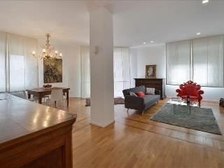 Perfect Condo with Internet Access and A/C - Bologna vacation rentals