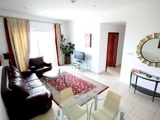 33-Luxurious 2 Bedroom - Dubai Marina - Dubai vacation rentals