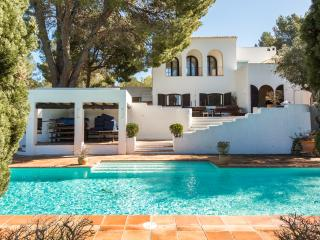 8 bedroom villa, 2 pools, 2 yurts & a tennis court - Sant Antoni de Portmany vacation rentals