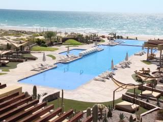 Romantic 1 bedroom Puerto Penasco Condo with Hot Tub - Puerto Penasco vacation rentals