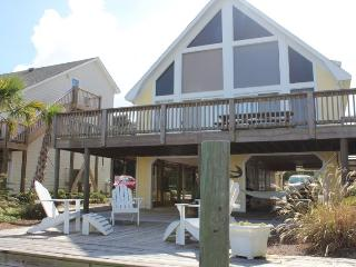 3 bedroom House with Deck in Holly Ridge - Holly Ridge vacation rentals