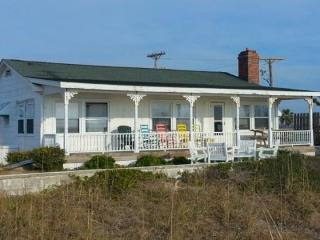 Nice House with Deck and Microwave - Holly Ridge vacation rentals