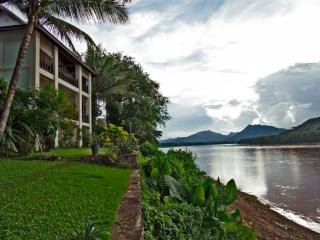 Balcony Suite with view of Mekong river - Luang Prabang vacation rentals