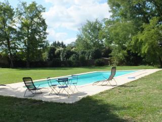 Ferme récemment rénovée calme et confortable - Sagelat vacation rentals