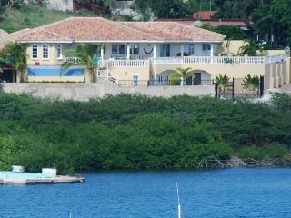 Waterfront Villa with Pool,Hot Tub,Gym&Ocean View - Willemstad vacation rentals