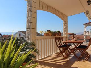 Top-floor 3BD Kastela Apartment - Kastel Stari vacation rentals