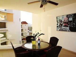 2b Aristotle pool apartment - Larnaca Center - Larnaca District vacation rentals