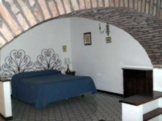 Comfortable Condo with Internet Access and A/C - Capri vacation rentals