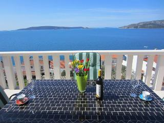 Sea view apartment Okrug Donji (Anny 22 A2) - Okrug Donji vacation rentals