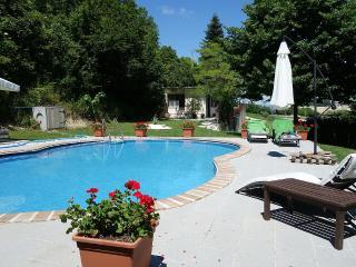 Lovely 5 bedroom Monteleone di Fermo House with Internet Access - Monteleone di Fermo vacation rentals