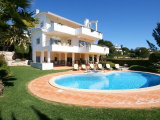 Villa Fortaleza - Deluxe 4 bedroom villa - Budens vacation rentals