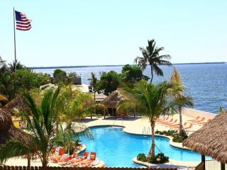 Luxury Waterfront 3 bed 3 bath Villa with Fantastic Sunset Views - Key Largo vacation rentals