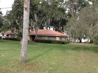 4070 Lake Marianna Dr lakefront - Auberry vacation rentals