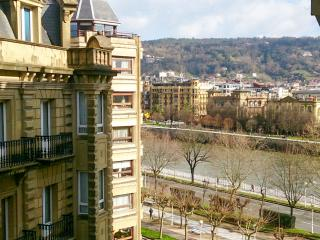 URUMEA:Central, close to La Concha beach & OldTown - San Sebastian - Donostia vacation rentals