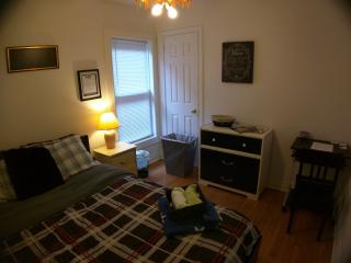 Cozy Private Suite w/ Queen Size Plush Bed - Hamilton vacation rentals