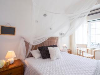 Casa do Quico - Studio Apartment - Nazare vacation rentals