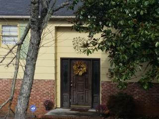 Family Home Available Near Greenville - Greenville vacation rentals